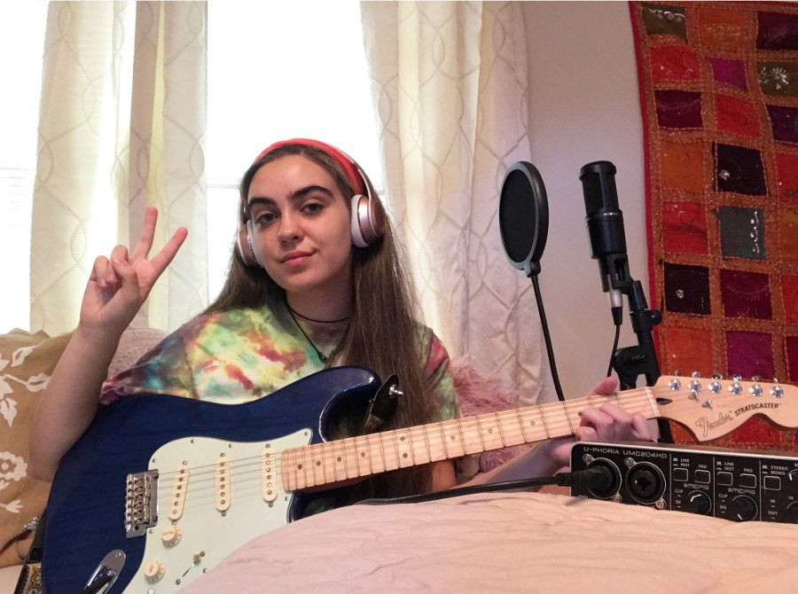Samad set up a home studio in her bedroom over the summer